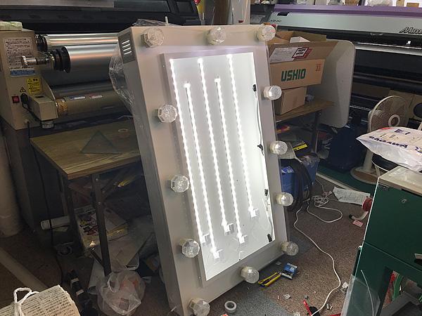 LEDの看板照明