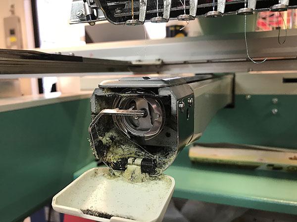 刺繍機の整備