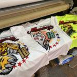 U.S女子ソフトボールチームっぽいTシャツ+刺繍の組み合わせ。