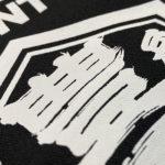 シルク印刷でオリジナルのTシャツ&前掛けを製作よー。